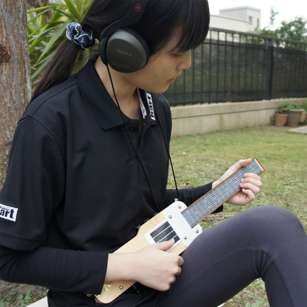 EU-ONE Electronic Ukulele 3